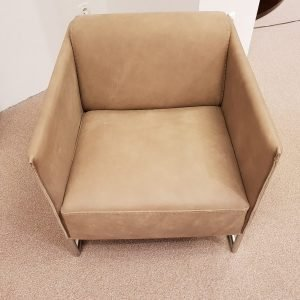 Usnjen fotelj MENFI
