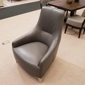 Usnjen fotelj RIETTI