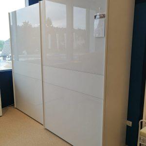 BAYA garderobna omara z drsnimi vrati